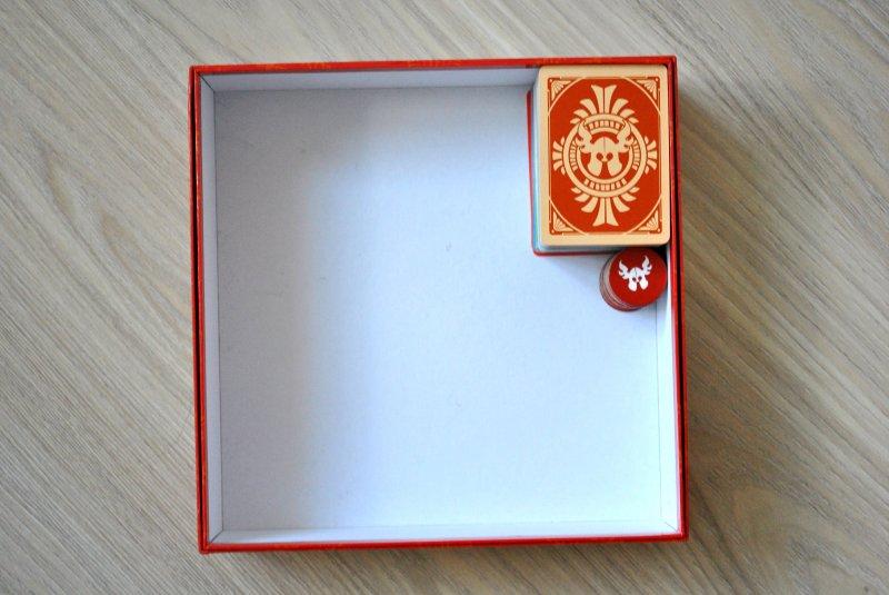 Бубух-бубух - говорит коробка при переноске