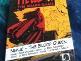 "игра ""Hellboy: The Board Game - Nimue, The Blood Queen"": Коробка (front)"